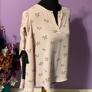 Ivanka Trump Blouse with open arm bell sleeve. S